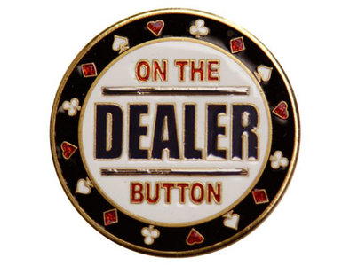 Cardprotector on the dealer button
